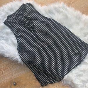 AMERICAN EAGLE Soft & Sexy black + White tank top